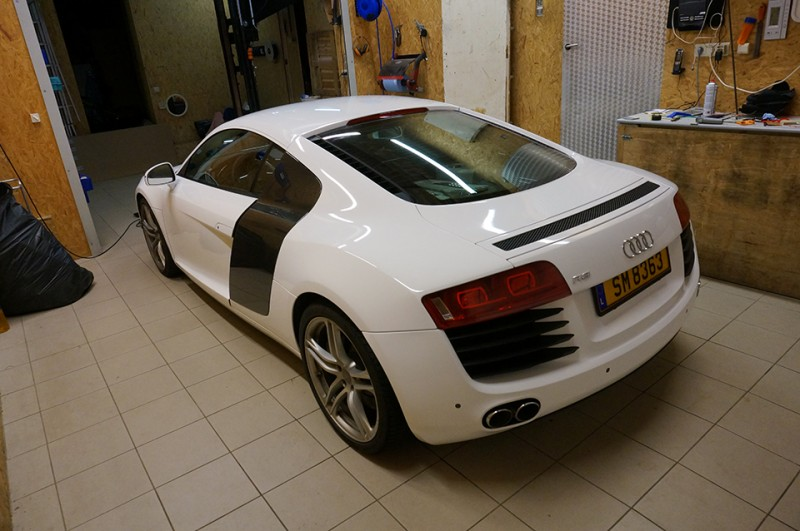Total Covering Audi R8 - image 6
